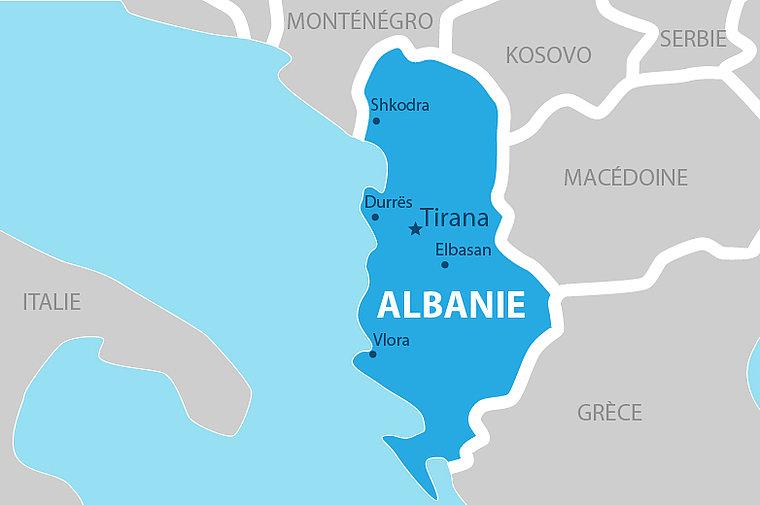 Macron ouvre les portes de la France aux Albanais et leur accorde une immunité pénale…