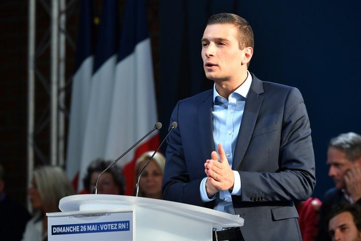 Jordan Bardella, fils spirituel de Philippe Seguin,  dit toutes les horreurs de l'UE…