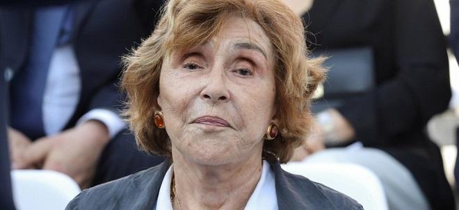 Édith Cresson, premier ministre il y a 28 ans, dit merci à Macron : elle garde sa voiture de fonction !