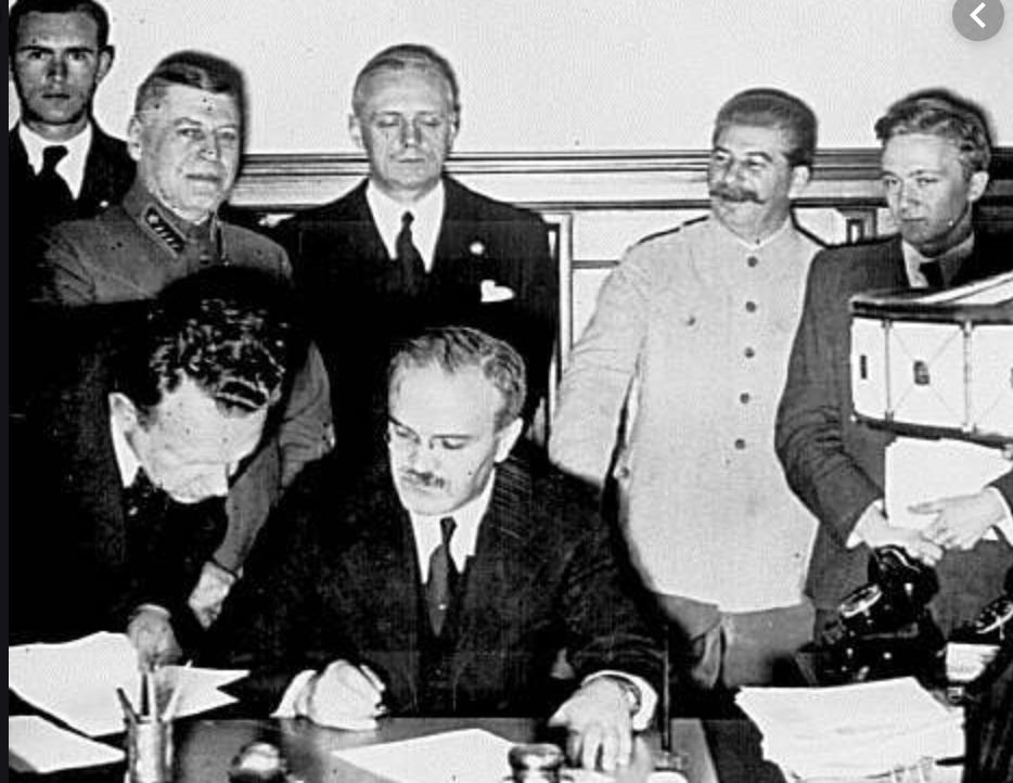 Sans l'aide des cocos de l'URSS, Hitler aurait-il pu envahir la France et la Pologne ?