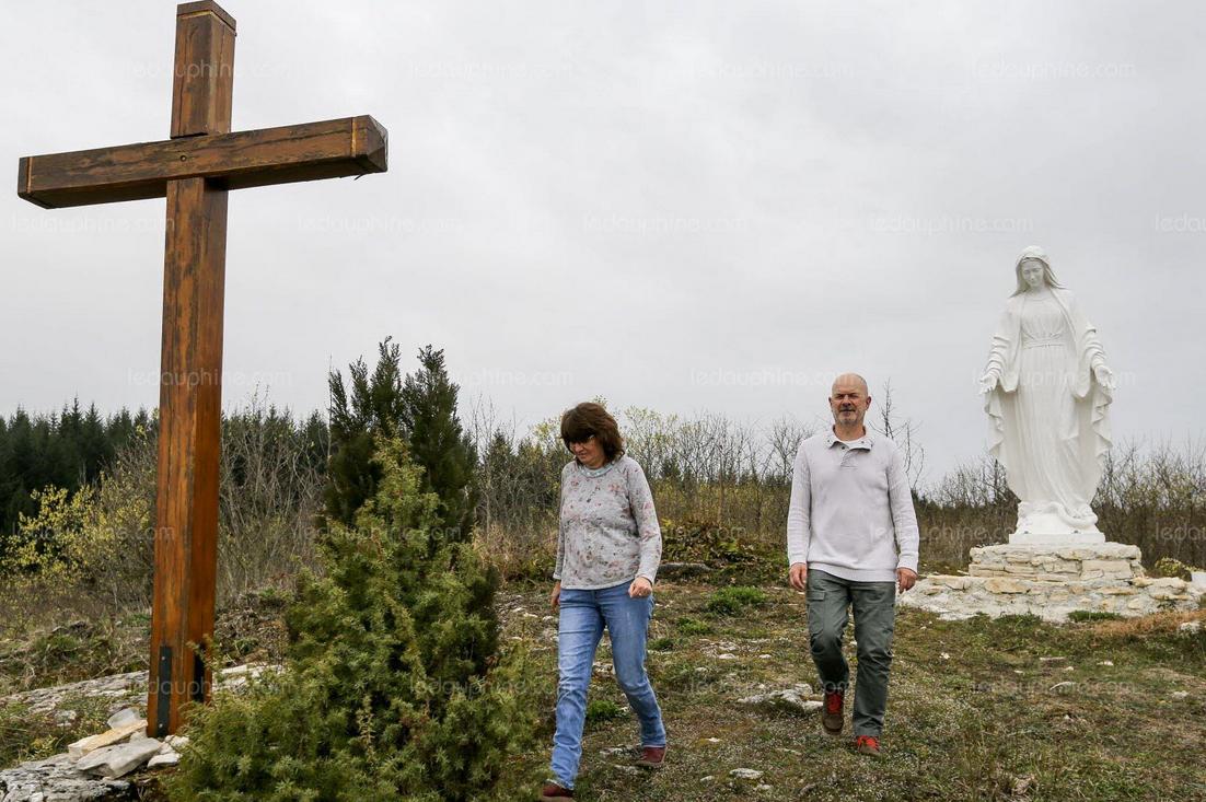 Après 5 ans de procédure, Saint-Pierre-d'Alvey (Savoie) pourra garder sa statue de la Vierge