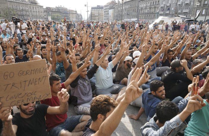 Viktor Orban : «Les migrants musulmans ne sont pas des réfugiés, mais des envahisseurs»