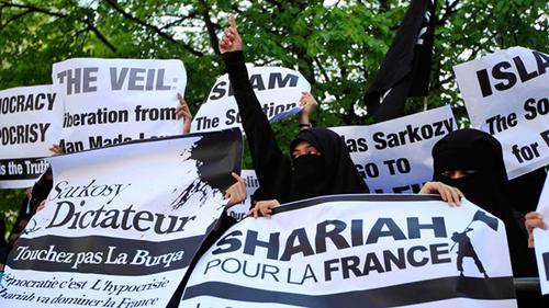 Je ne suis pas le seul à gauche à me rendre compte de cette islamisation rampante…