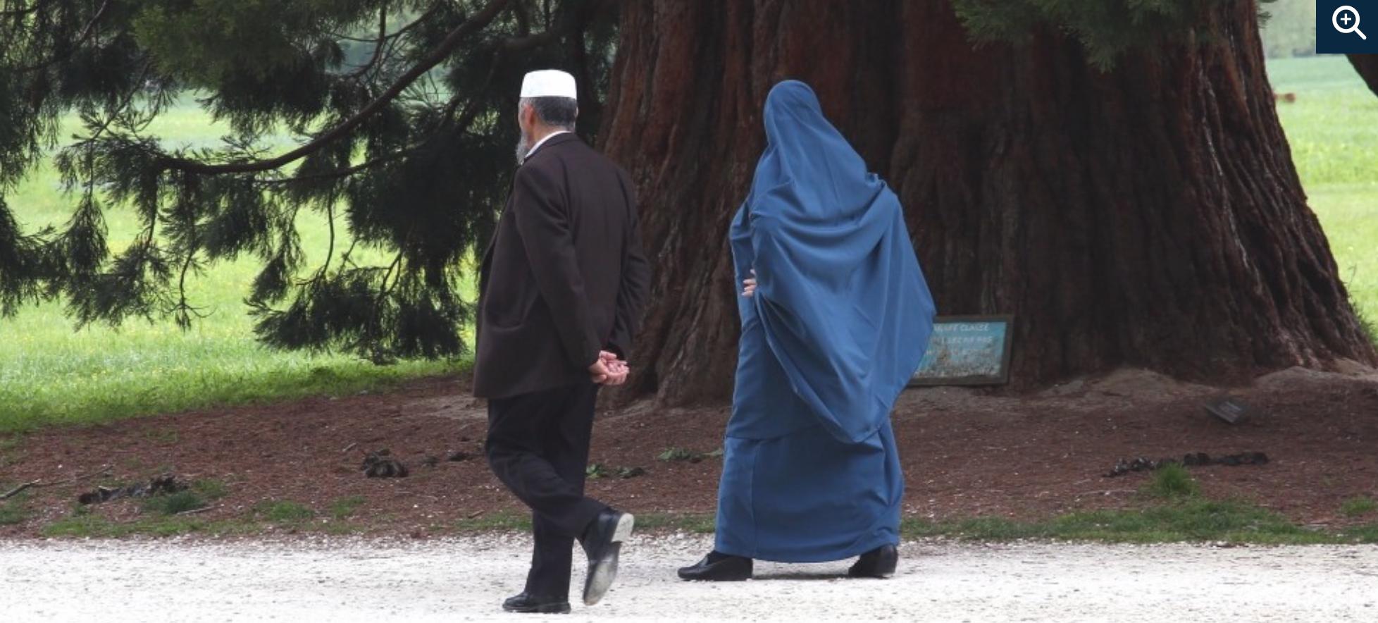 Sondage : les musulmans pratiqueraient 2 à 3 fois plus que les autres les «rapports non consentis»