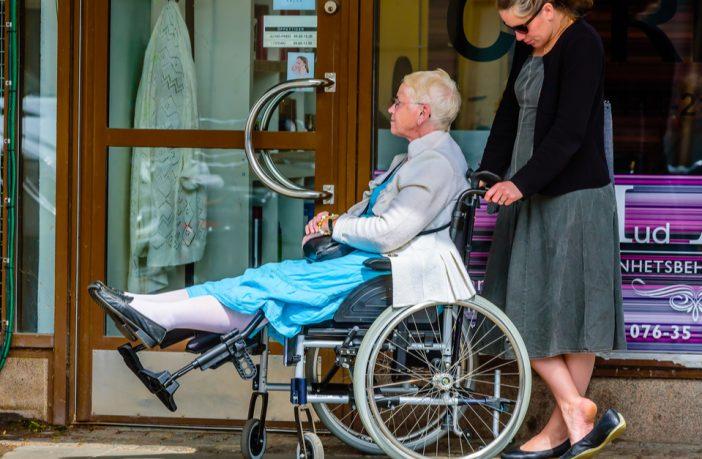 Suède : pour pouvoir payer l'accueil des immigrés, ils réduisent l'aide aux handicapés et aux familles