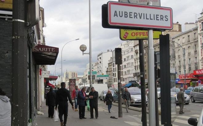 Aubervilliers (93), c'est comme au bled; alors dans la rue, Ghislaine a peur