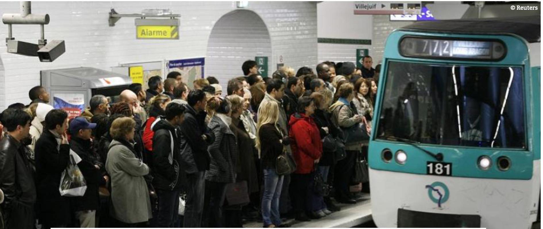 Ne parlez pas hébreu dans le métro ! En tout cas, pas à la station Château d'Eau : ça peut être dangereux.