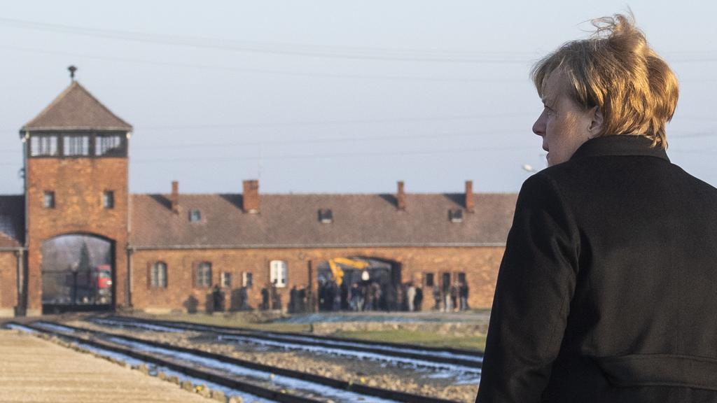Et Merkel visita Auchwitz pour conjurer le retour de l'antisémitisme…