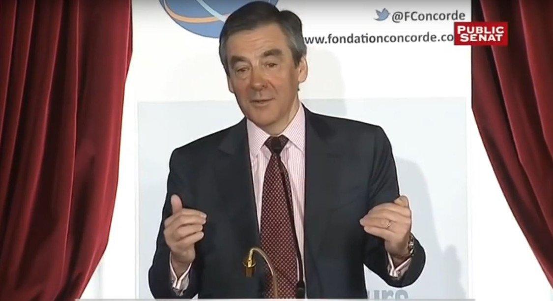 Quand François Fillon exposait l'arnaque de la retraite par points qui permet de diminuer les pensions