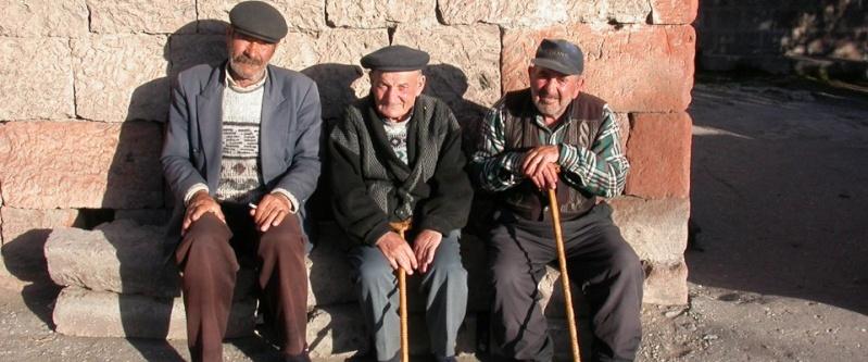 Au Maghreb, ces morts qui continuent à toucher leur retraite française.