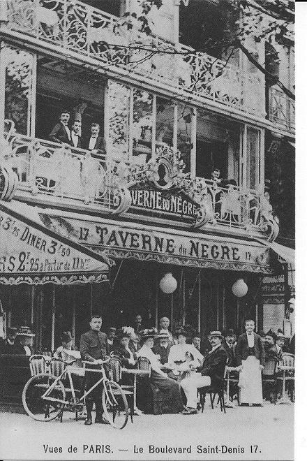 Grâce aux cartes postales anciennes, visitez la chocolaterie «au Nègre joyeux» ou «l'Auberge du beau Noir»