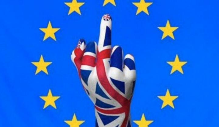 Au Parlement européen, les drapeaux nationaux interdits ?