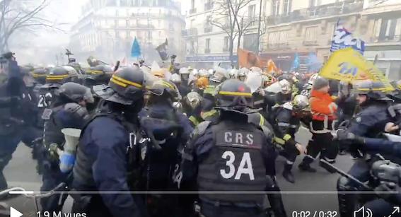 La France est le seul pays du monde occidental à faire tabasser ses pompiers par les flics (et les racailles !)