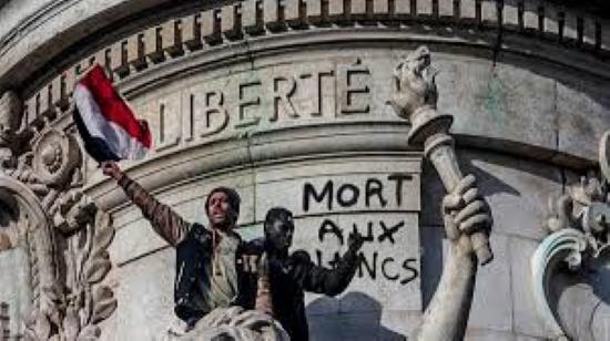 C'est plus facile d'être contre le racisme quand on habite Neuilly…