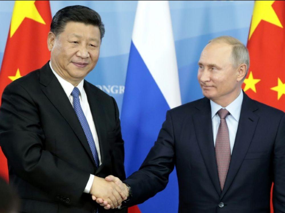 Les Occidentaux ont raté le train de la Russie, la faute à Macron et Obama…