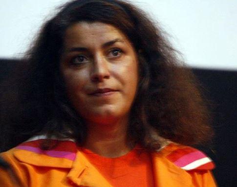 Port du voile : que la traîtresse Marjane Satrapi retourne donc  en Iran y défendre son Persepolis !
