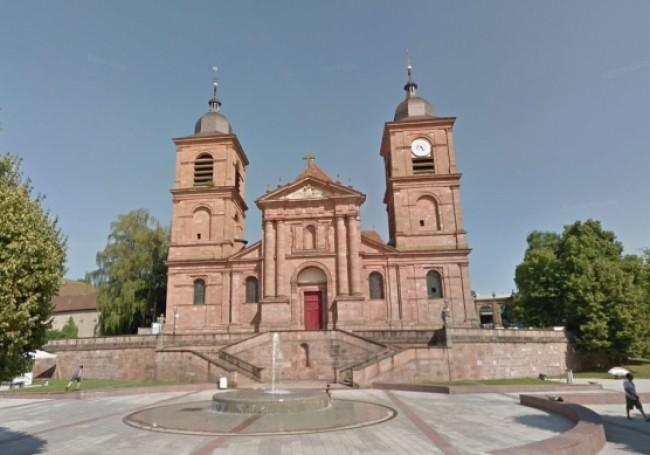 Cathédrale de Saint-Dié vandalisée : pas de soldats sentinelle, pas de caméras, comme pour les mosquées ?