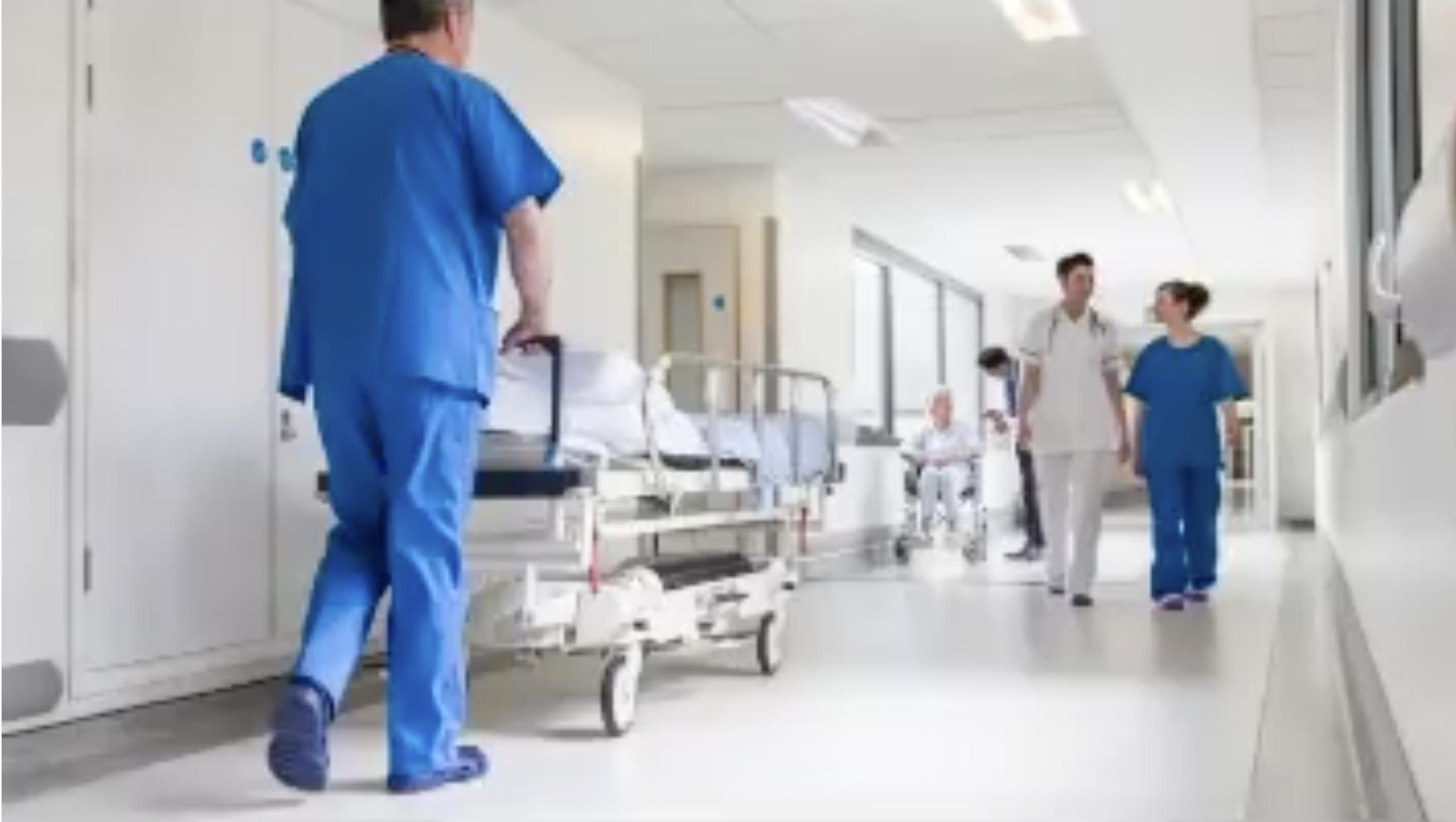Hôpital parisien : hallucinant témoignage d'un médecin «nous ne dépistons plus personne, rentrez chez vous»