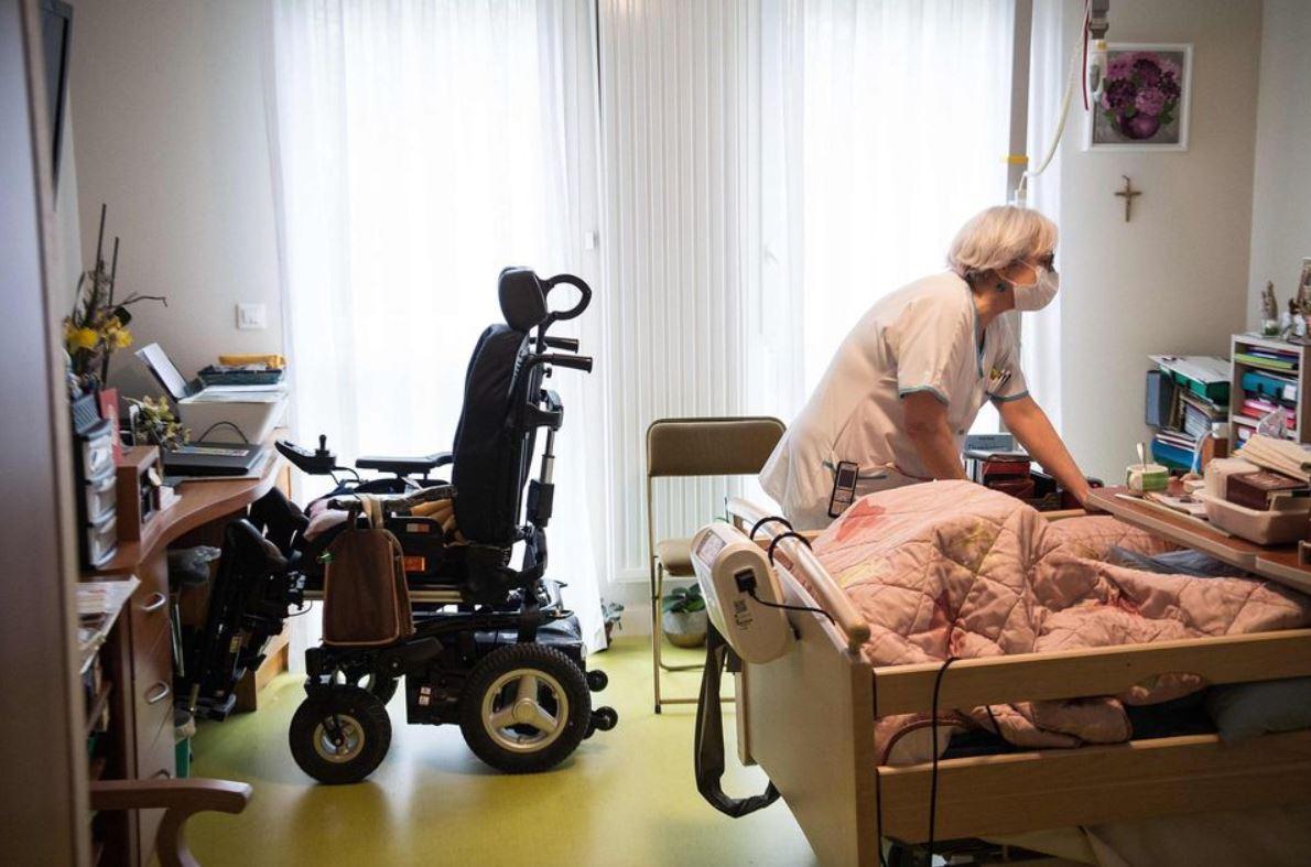 La mortalité dans les Ehpad, délibérément sous-estimée, pourrait dépasser 100 000 décès