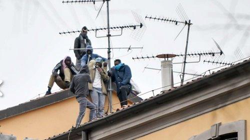 Coronavirus en Italie :révoltes dans plusieurs prisons, tentatives d'évasion, 6 morts…