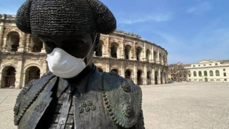 Pourquoi le CHU de Nîmes interdit-il à ses employés de parler à l'extérieur des morts du coronavirus ?
