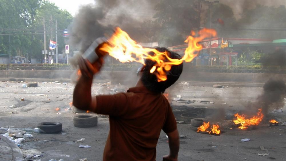 A Gennevilliers, le livreur approvisionnait les émeutiers en cocktails Molotov…