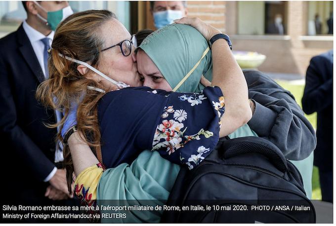 Italie : pourquoi payer une rançon pour faire revenir l'otage Silvia Romano, convertie à l'islam ?