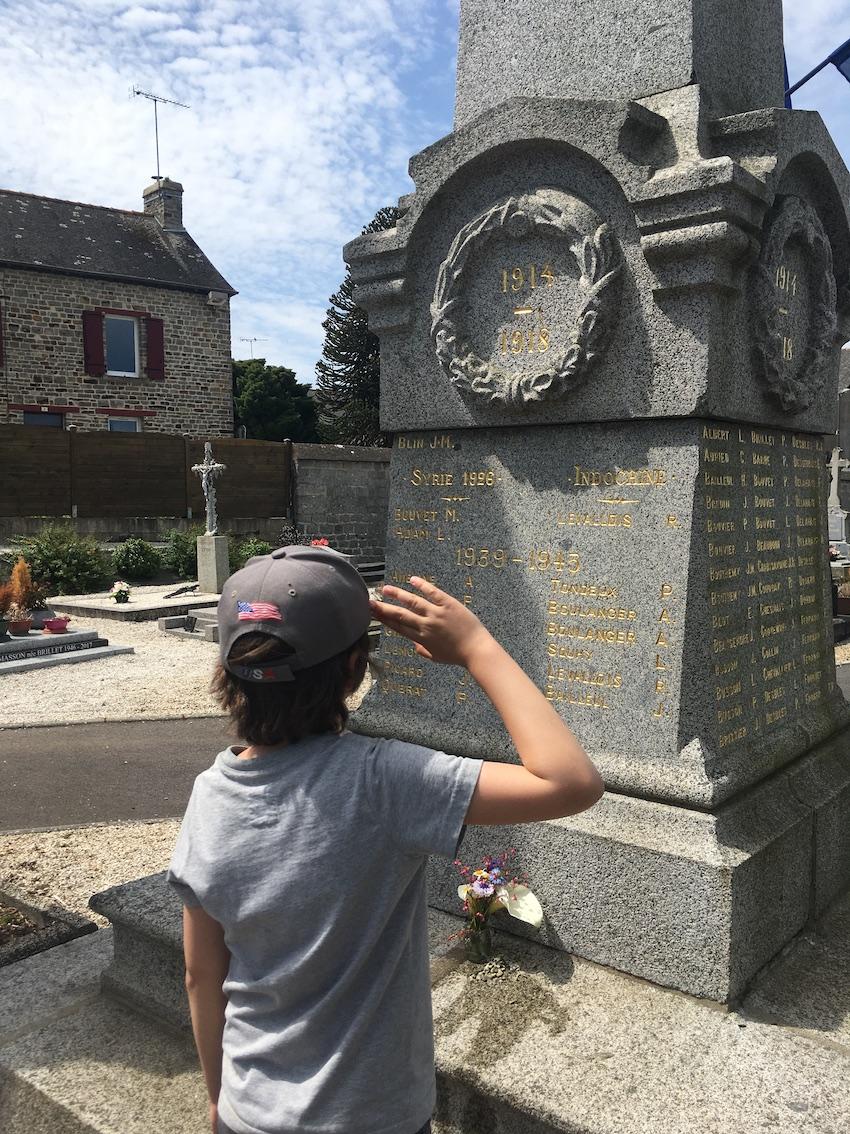 Malgré Macron, les Résistants ont rendu hommage aux morts pour la France le 8 mai