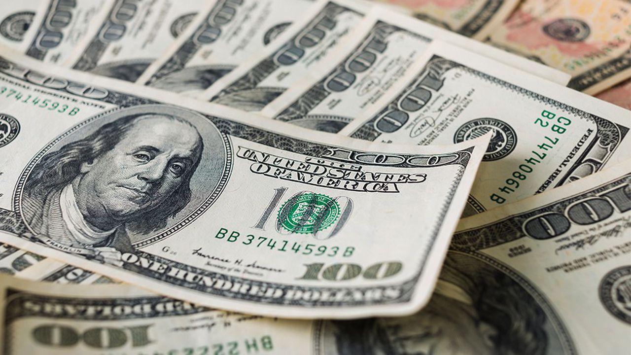 Et si on remplaçait l'euro par le dollar  pour l'international (et monnaies nationales pour le reste) ?