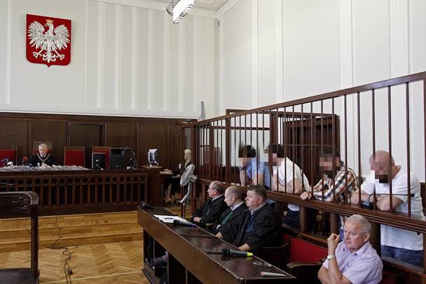 Karpov : « En France, tout est possible »; en Pologne, tout est passible de poursuites
