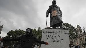 Détruire des statues : l'oeuvre de conquérants barbares… On n'avait pas vu ça depuis le 22 juin 1940 !