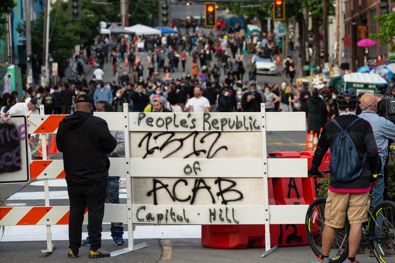 Seattle : un quartier tenu par les émeutiers fait sécession d'avec les Etats-Unis, Trump voit rouge !