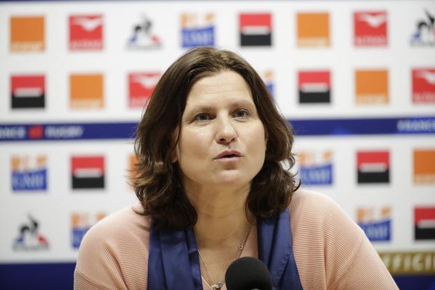 Radicalisation dans le sport…  Pour le Ministre dhimmi Maracineanu, il est  impensable d'interdire le voile, qui serait culturel…