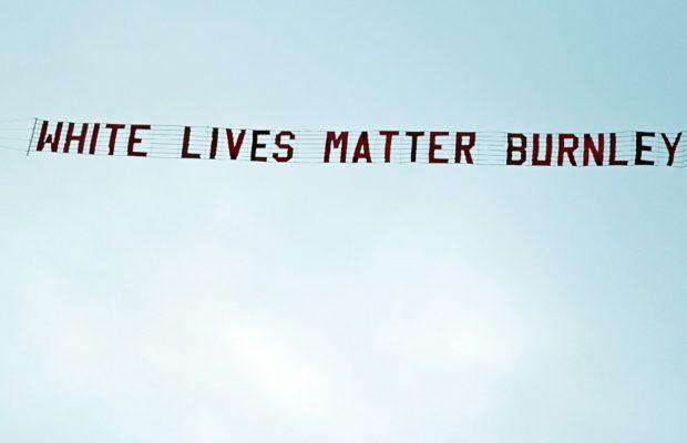 Coup de chapeau aux Résistants qui couvrent l'Europe du slogan : white lives matter !