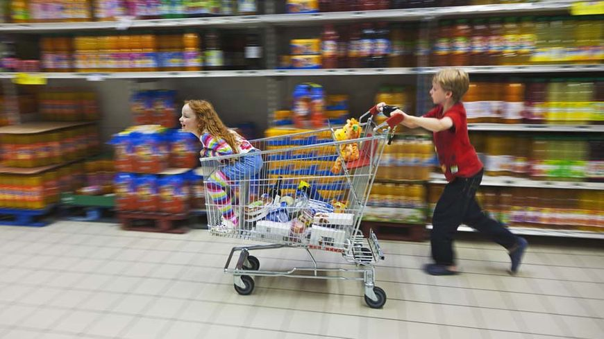 Coronavirus : il faudra faire ses courses seul, en 30 minutes