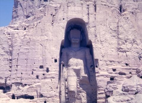 Et une statue de Bouddha de 1700 ans détruite… car non islamique !
