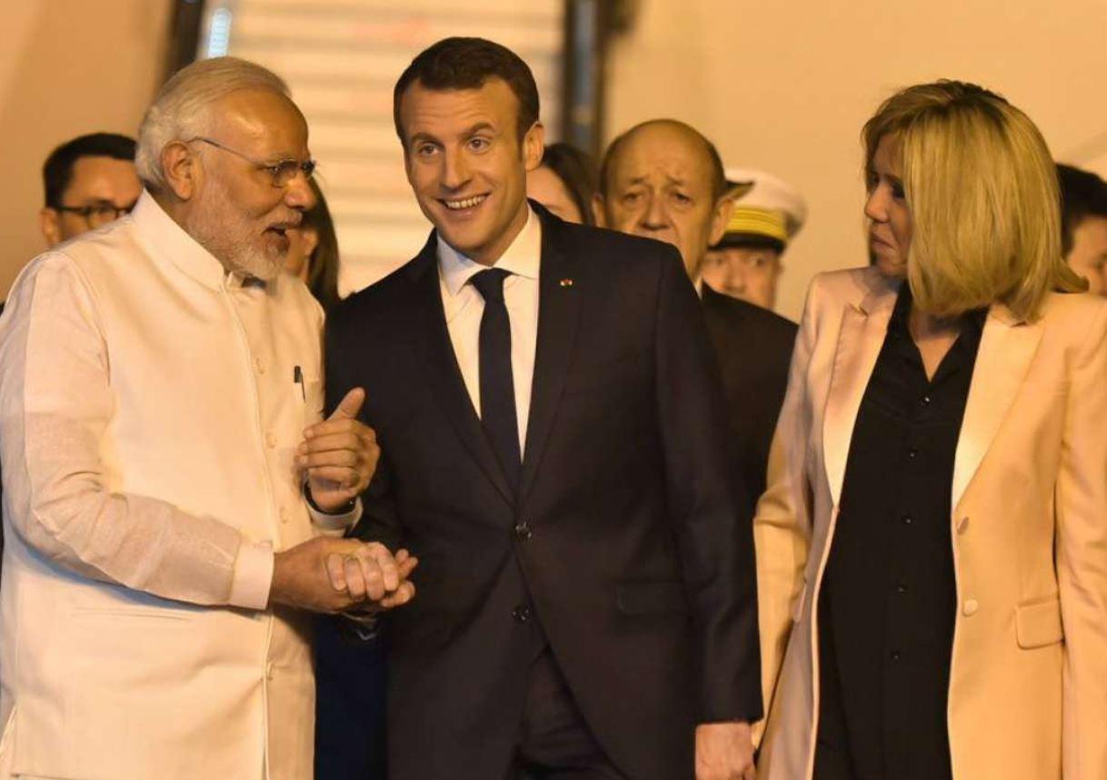 Et ça continue : Macron offre 120 respirateurs et 200 millions d'euros à l'Inde
