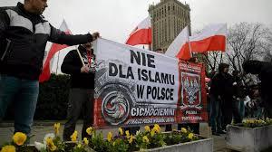 Même en Pologne ! Un imam expose le programme totalitaire de l'islam !