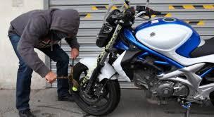 Musulmans dans les conseils municipaux, ça commence fort ! Le futur conseiller municipal arrêté sur un scooter volé !