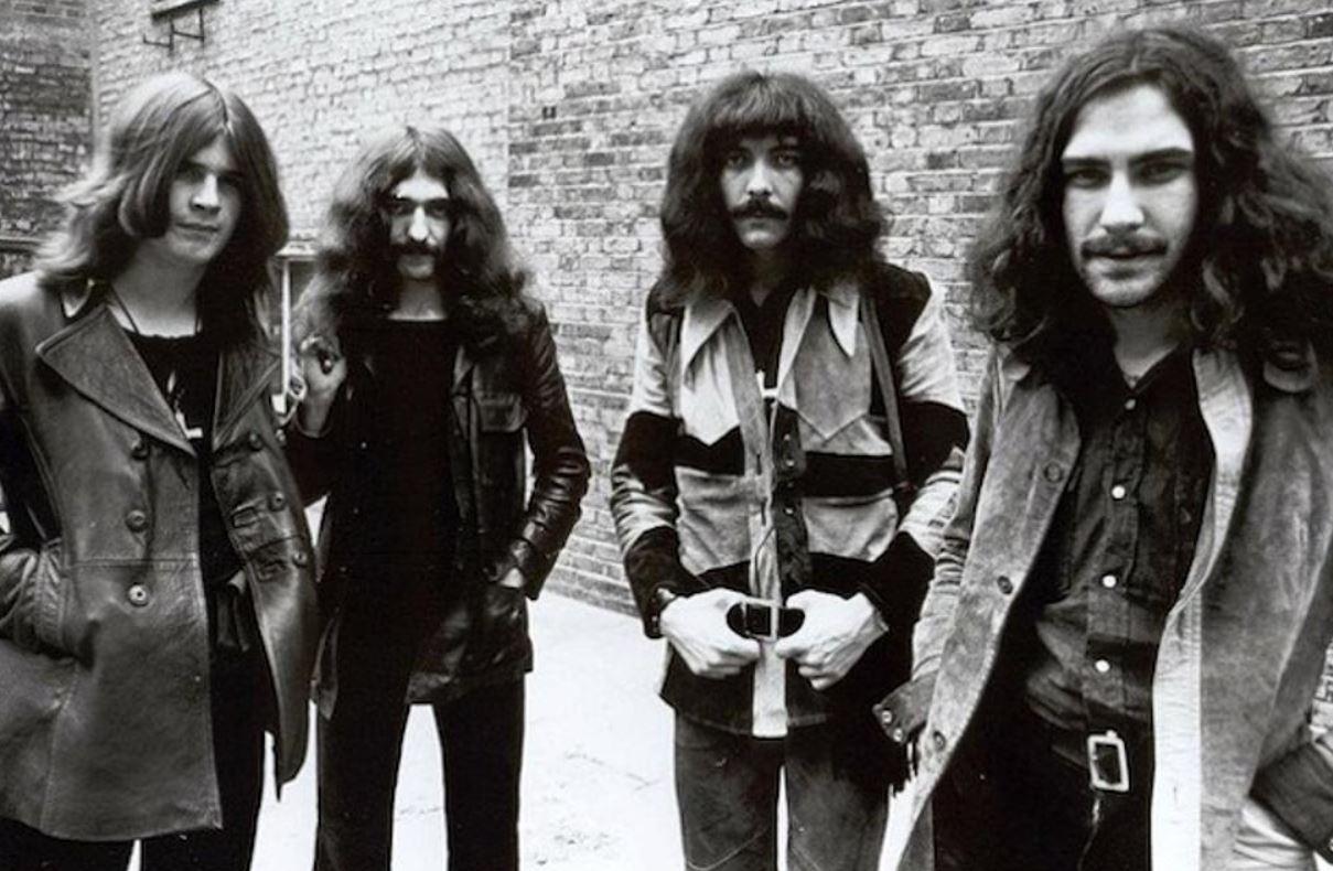 69 : année érotique et hard rock diabolique