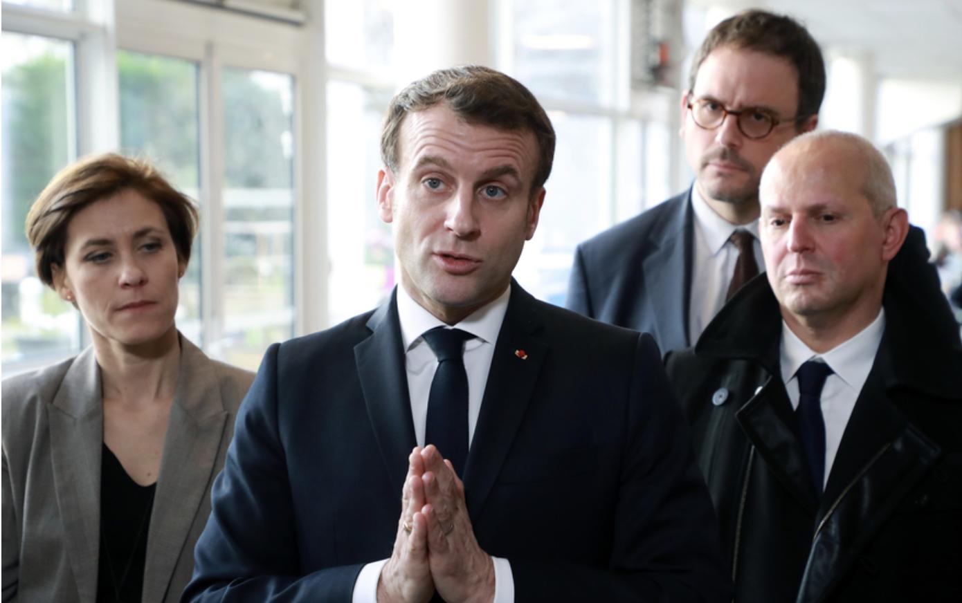 Macron perd ses nerfs : il veut nous vacciner sans notre consentement !