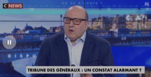 Le Pourri Socialaud Julien Dray ose donner des leçons aux généraux !