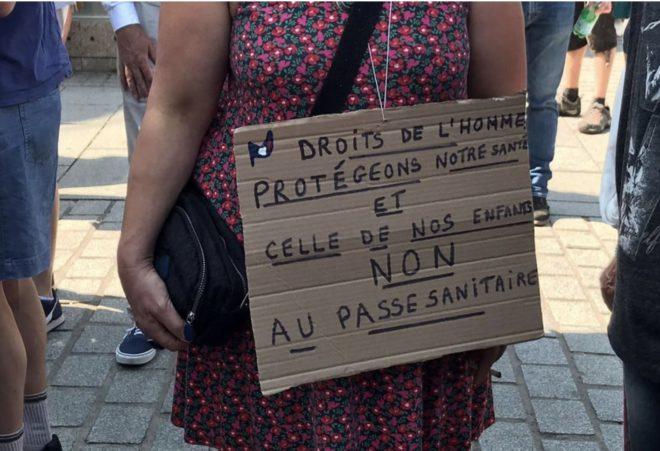 Rassemblement anti-passe sanitaire à Ploërmel le 11 septembre 2021